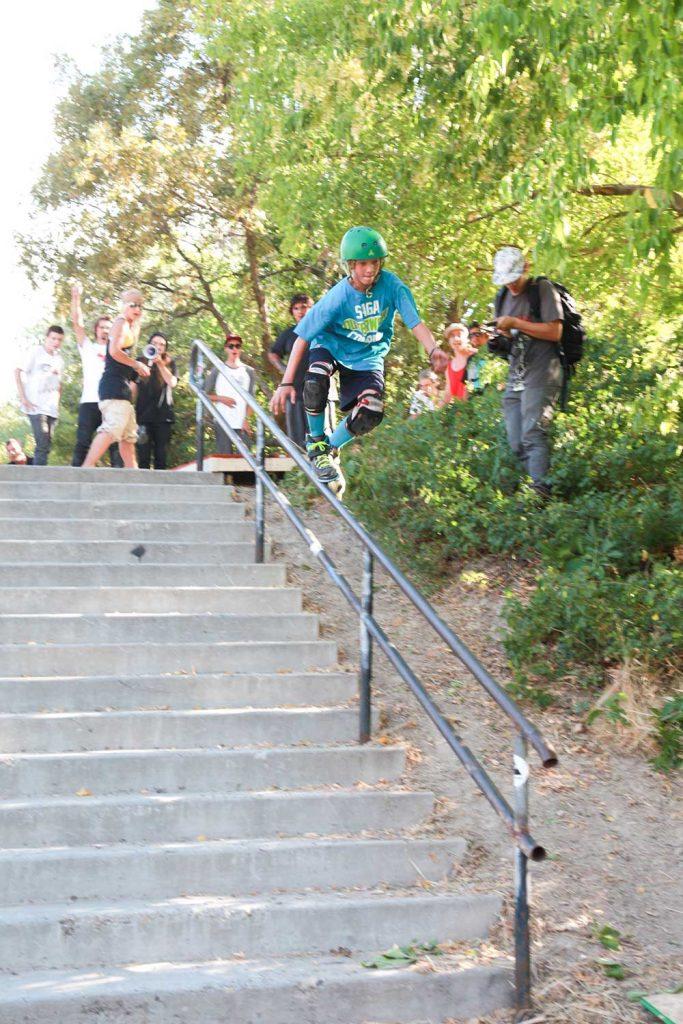 grind-inline-skate_Sam-Jackenthal