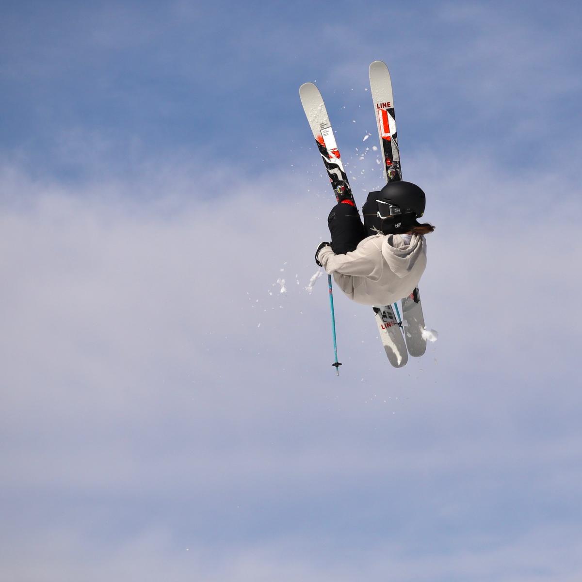 ski jump Ellie D